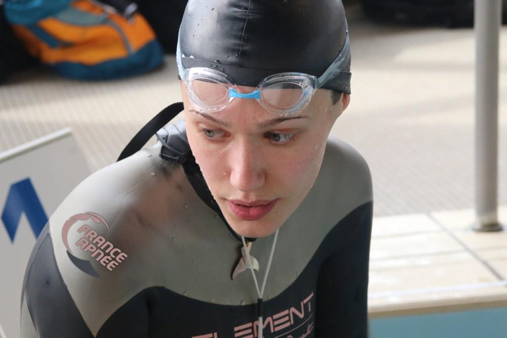 Hélène Gass bat le record de France du 16X50 avec 14'23